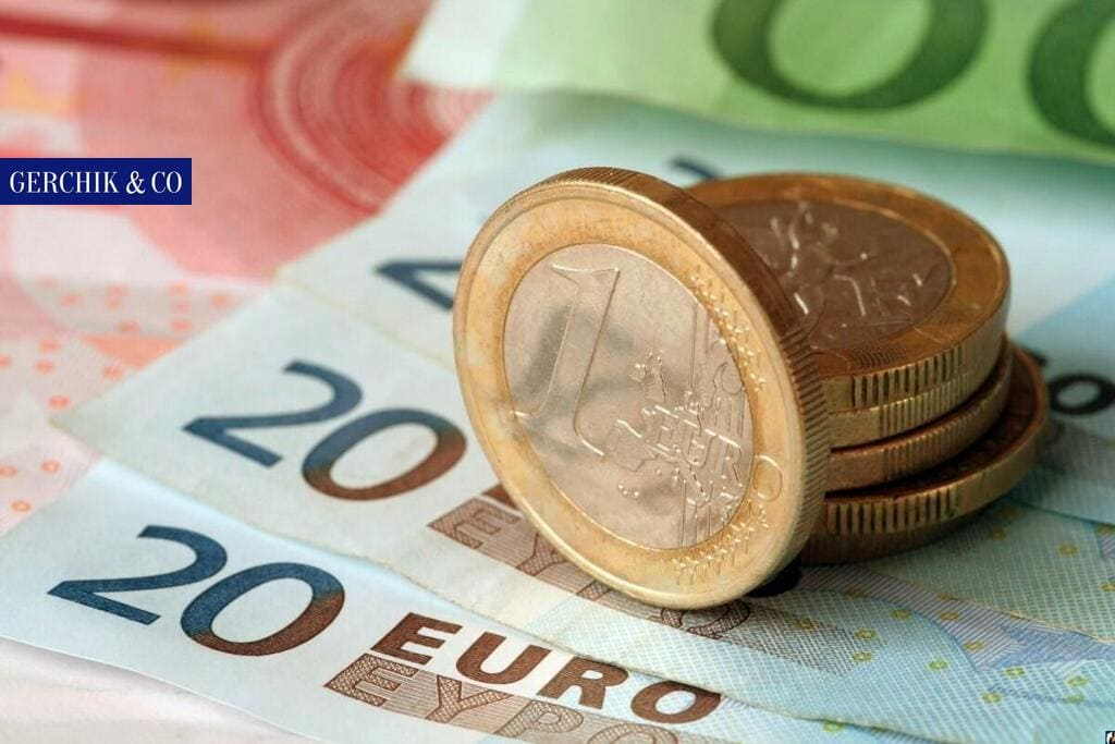 7 factors affecting the price of euro